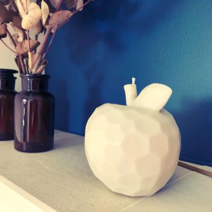bougie pomme à facettes naturelle